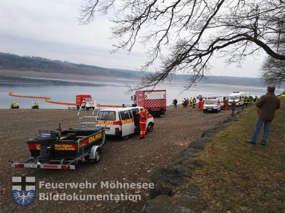 TH 1 - Auto im Möhnesee versunken   16.02.17